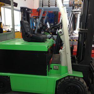 Carrello elevatore Cesab Eco KL 300 muletto frontale a forche usato - SGA SHopmetalshelves