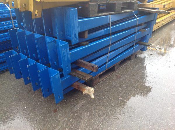 Braccia scaffali cantilever blu 2000