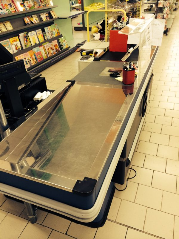 Cassa per negozio usata - Shop metal shelves S.G.A. Srl