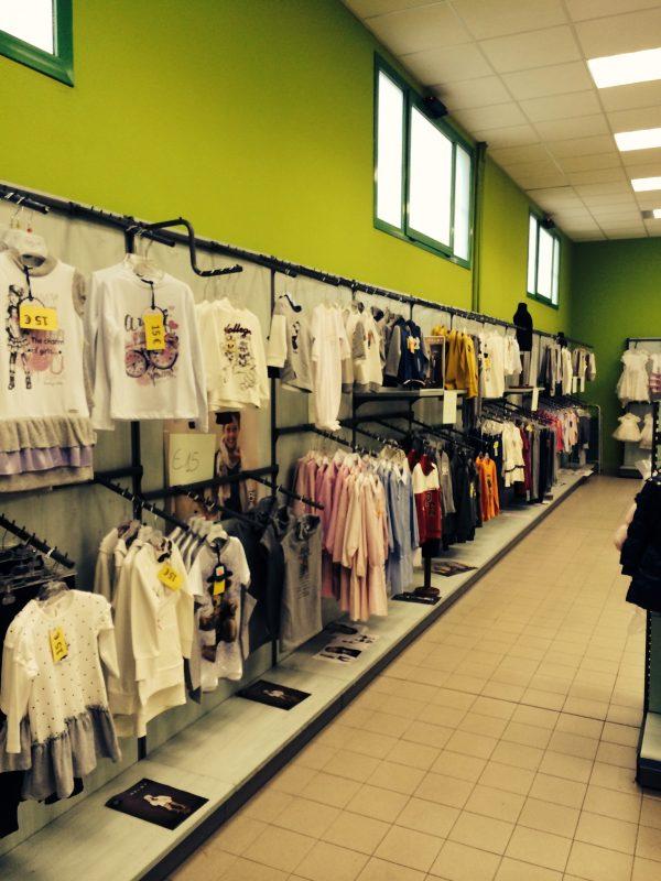 Scaffali e scaffalature per negozio - Shop metal shelves S.G.A. Srl
