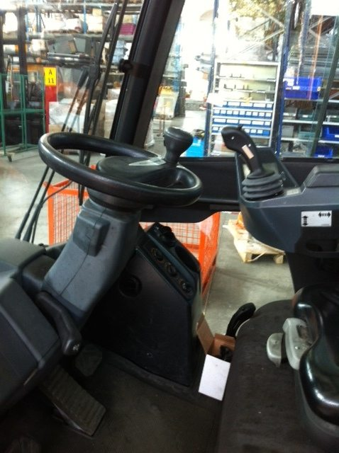 Dettaglio Muletto carrello elevatore frontale Jungheinrich diesel usato - SGA Shopmetalshelves
