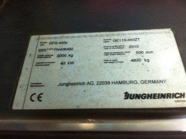 Carrello elevatore Jungheinrich dettaglio targhetta - SGA Shopmetalshelves