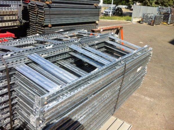 Scaffalatura leggera Rosss a ripiani usata - SGA Srl Shopmetalshelves